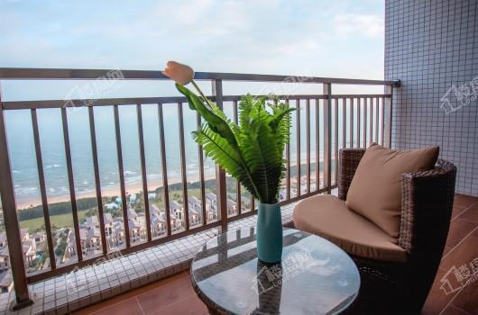 鼎龙湾国际海洋度假区公寓板房阳台