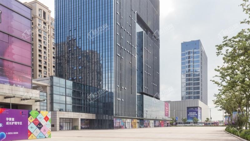 镜湖中新广场实景图