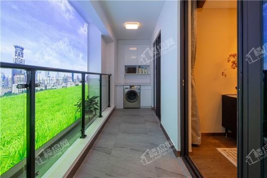 碧桂园·繁华里106户型阳台
