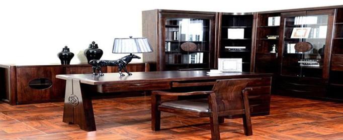 如何挑选实木家具