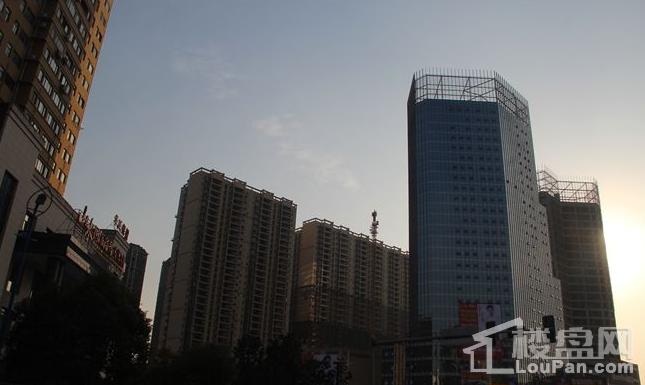 曼福特国际广场