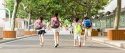 月亮河畔小区附近学校规划是否属实