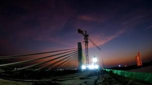 跨湘江连两区大桥——永州城南大桥顺利合龙!