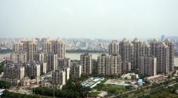 绿地底价获信江新区523亩地 四宗地以联合竞价方式出让