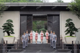 细节服务,从心出发,龙湖·春江郦城缔造管家式智慧服务
