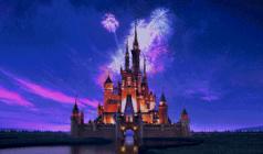 """迪士尼门票免费送 西柏水镇""""熊猫迪士尼"""" 潮玩假日欢乐来袭。"""