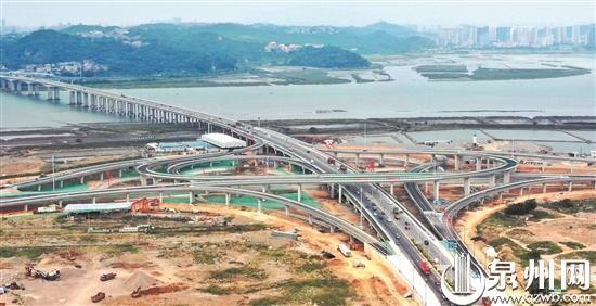 泉州后渚大桥东立交桥正式通车 三层立交构建立体便捷交通网