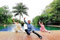 """百岁以上老人近2200人 海南正在成为名副其实的""""世界长寿岛"""""""
