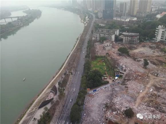 震撼!湘江南路一线江景房完成摘牌!140米超高层年内入市