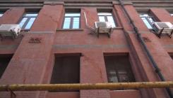 上海地标建筑外滩22号成危房将进行修复 店铺停业撤离