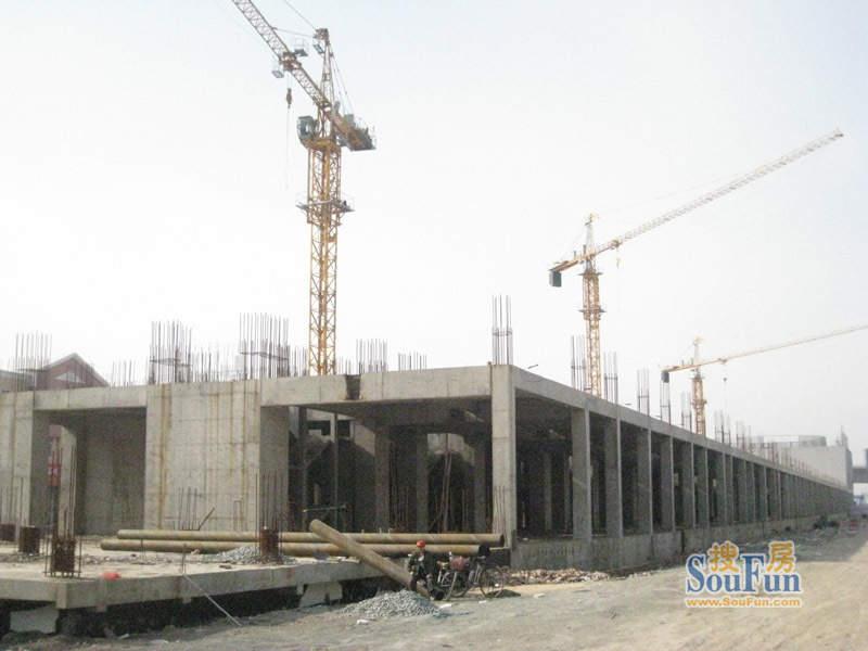东北MALL工程进度实景图(2010.1
