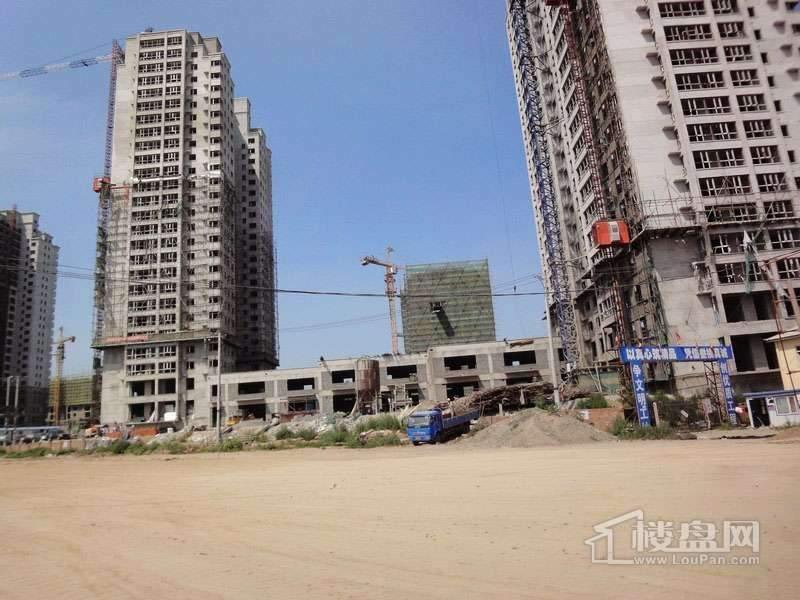 红星城项目工程进度实景图(2012-7-17)5