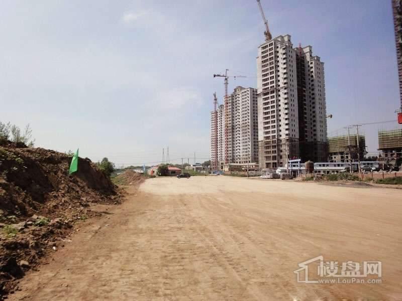 红星城项目工程进度实景图(2012-7-17)7