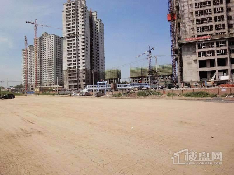 红星城项目工程进度实景图(2012-7-17)9