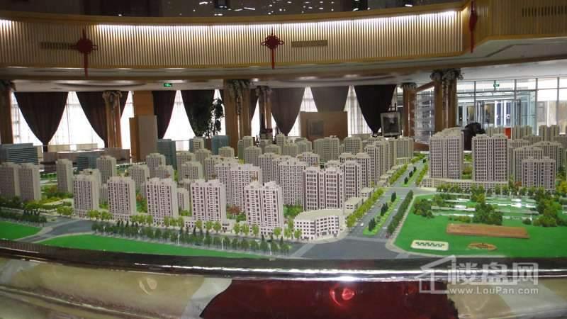 鲁商松江新城项目沙盘实景图