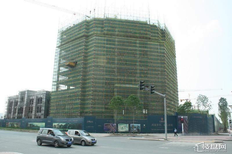 汇锦庄园项目高层沿街实景(2012-6-14)