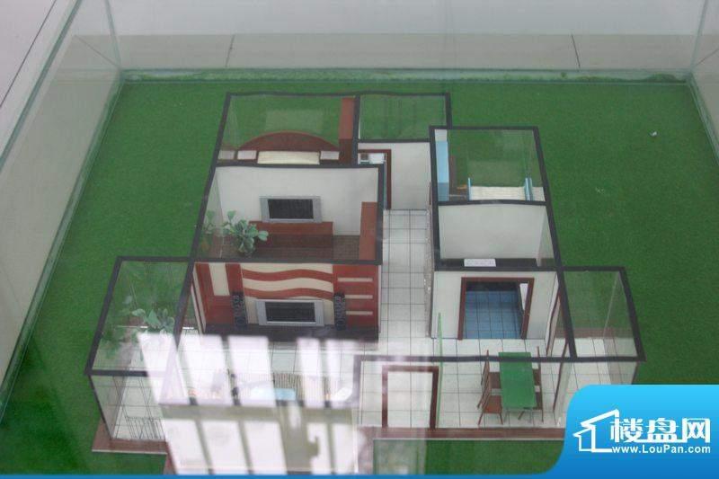 翡翠城A2户型 3室2厅面积:106.00平米