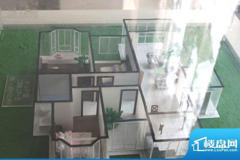 怡景新城H/J户型 4室面积:122.59平米