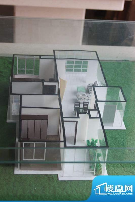 怡景新城L户型 3室2面积:104.59平米