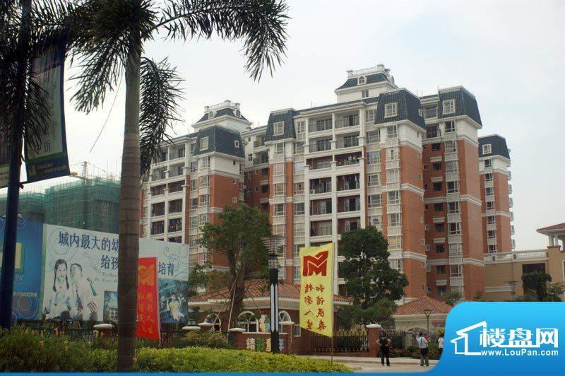 嘉怡华庭外景图(2010-11-10)