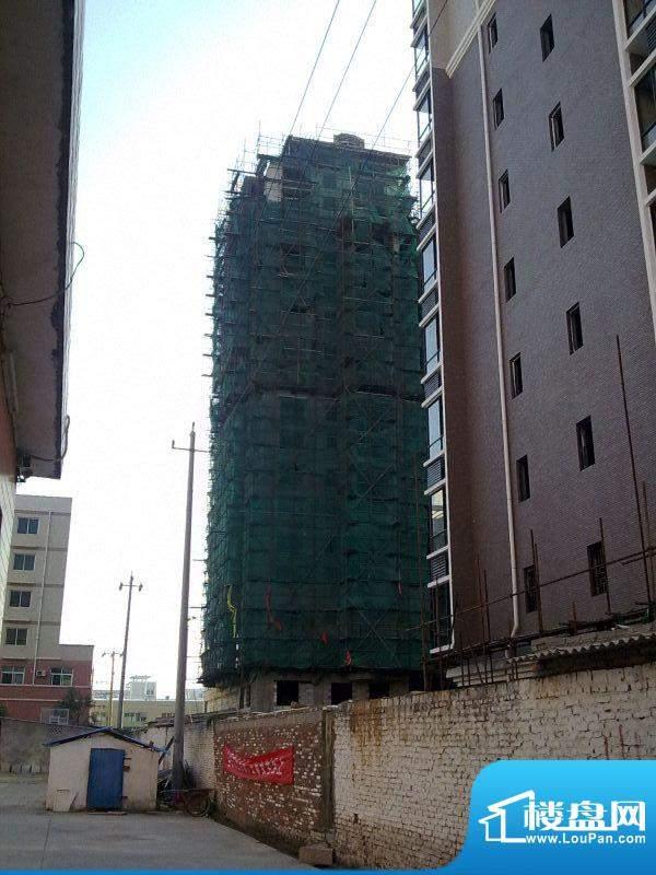 龙清花园二期工程进度(20101110)