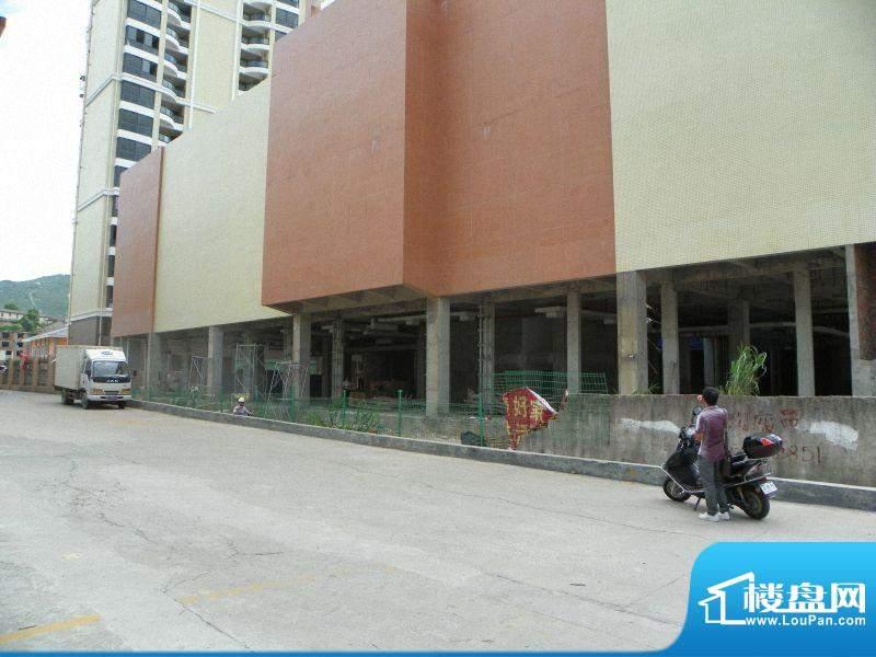 东方伟业城市广场工程进度(20110827)
