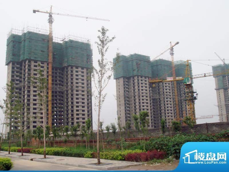 融富中心施工实景图(2009.8)