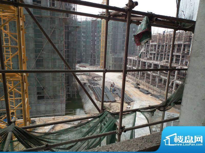 天龙佳园工程进度实景图(20120221)