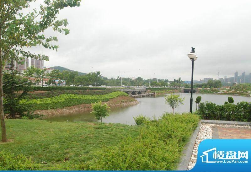 凤凰山庄小区实拍20110720