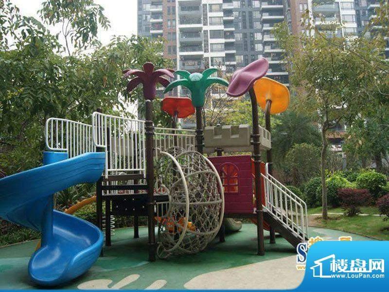 滨江公馆宾仕小区儿童游乐场地(2012-0
