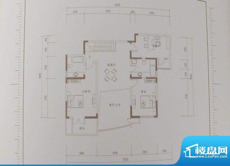 凯创城市之巅四房三面积:267.98m平米