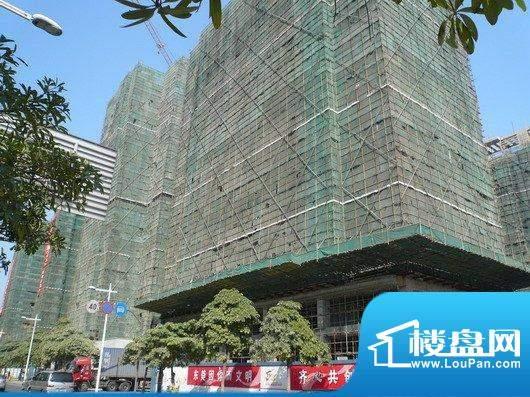 达鑫龙庭在建楼体外立面(2009-02)