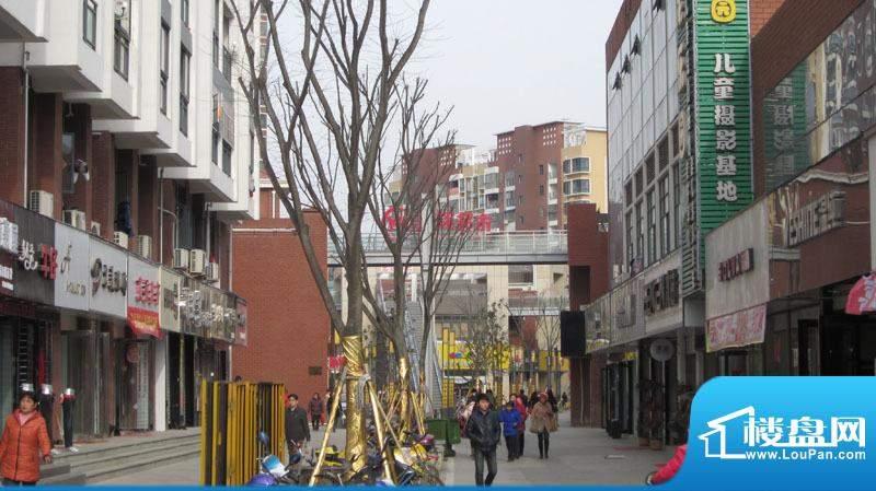 中街水晶城实景图
