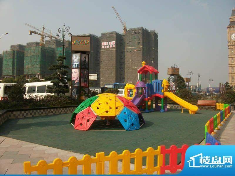濮院佳源中心广场实景图(2012.02.05)