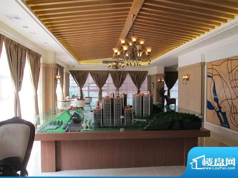 哈啰小城销售中心实景图(2012-9-19)