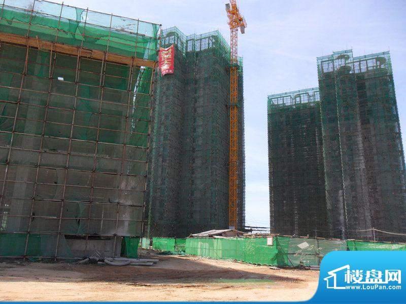 傲景观澜九龙湾国际温泉花园工程封顶实