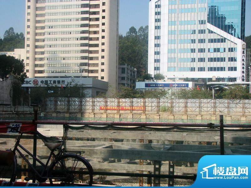 信和湖畔广场2012.1.18工地实景