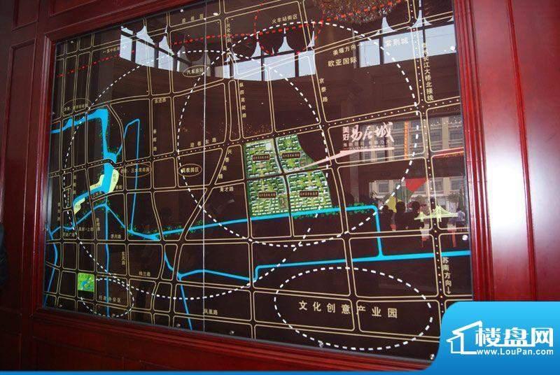 美好易居城交通图
