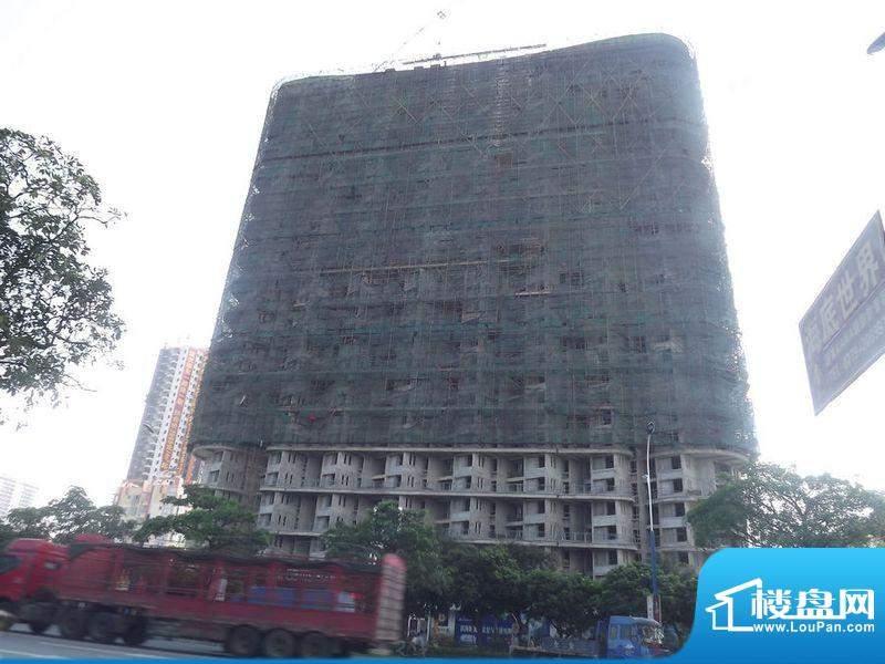 滨海阳光项目正对马路施工实景(2012-0
