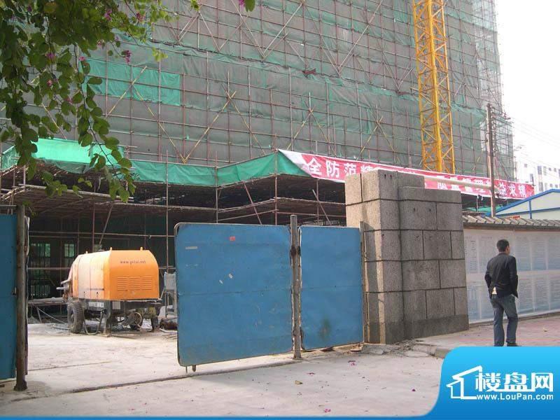 德丰大厦小区门口实景2011-1-1