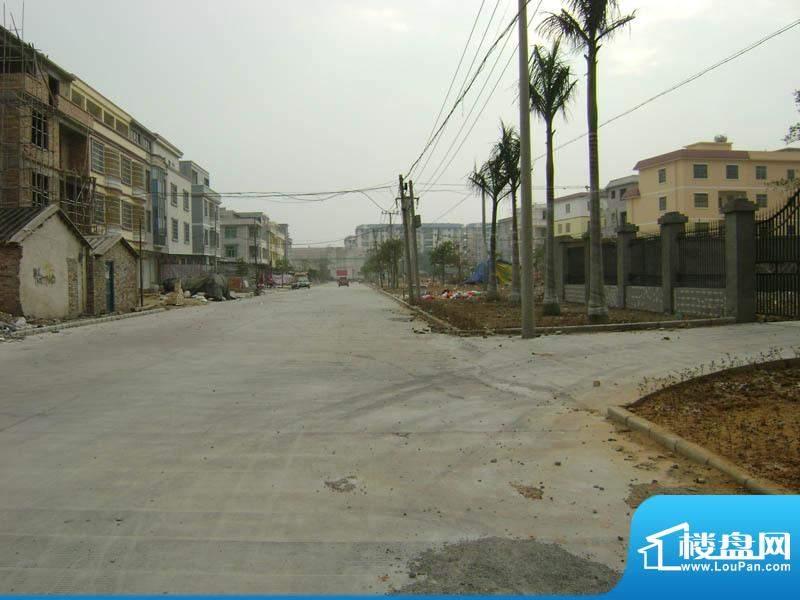 银滩融鑫苑小区旁边已经修好的水泥路20