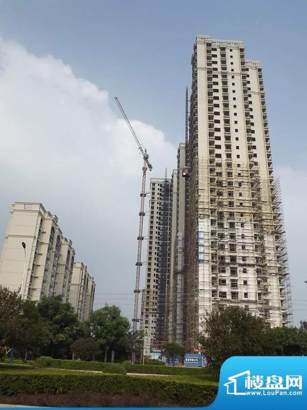 锦绣湾花园20110927项目施工进度:落架