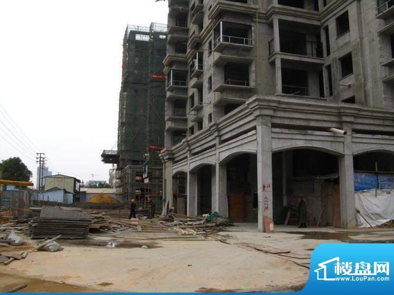 锦绣湾花园小区施工实景20110112