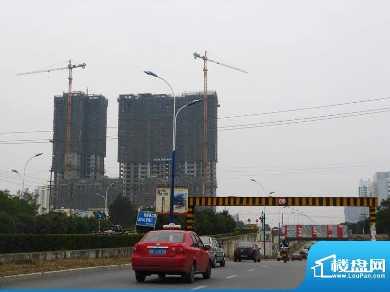 锦绣湾花园小区远景20110112