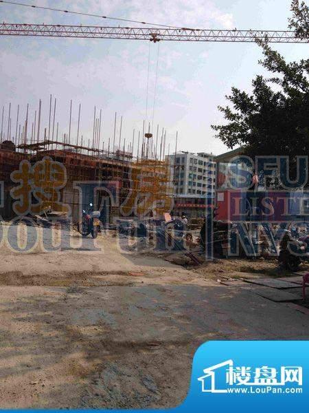 教师公寓项目施工现场实景图(2012-10)
