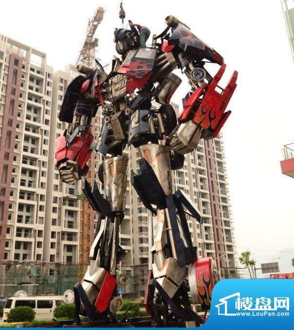 尚东康城活动期间变形金刚实拍