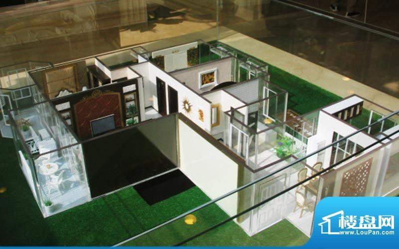 中南世纪城户型模型面积:0.00平米