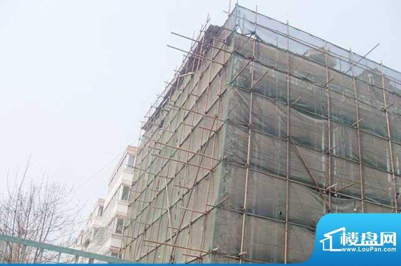 门头沟冯村两限房施工实景图2011-4