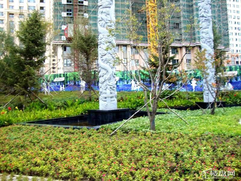 保利清华颐园小区庭院外景(2012-10-10)