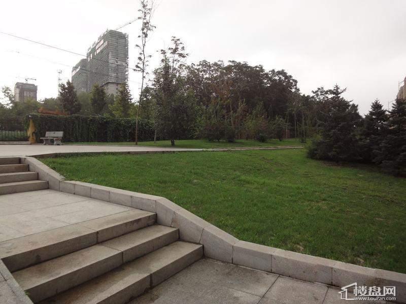 天悦项目周边公园(2012-09-04)